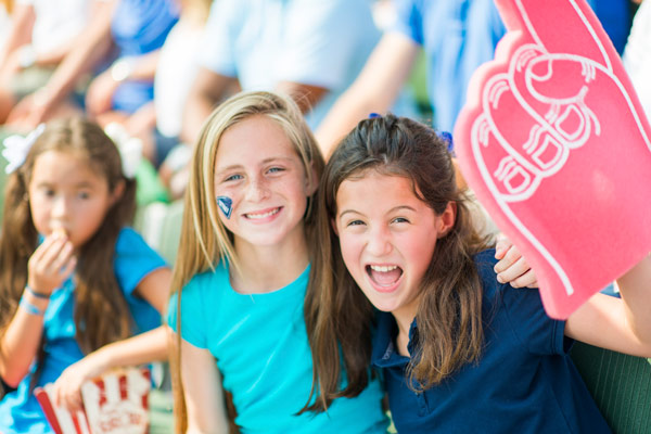 4 Reasons Custom T-shirts Are Beneficial For Schools