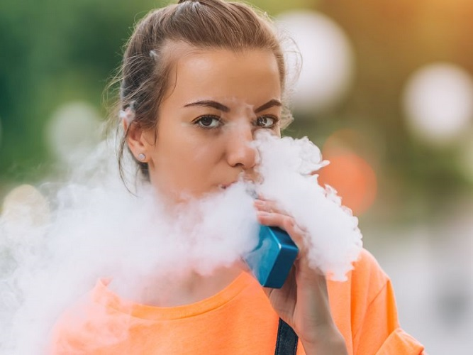 Different Ways to Market E-Cigarettes to Young People